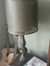 brown and white table lamp North Saanich, V8L 3Z5
