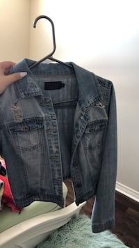 blue denim button up jacket Mississauga, L5M 0H9