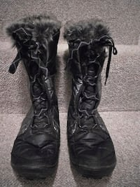 Columbia 200 gram Winter Boots Women's Sz  7 London