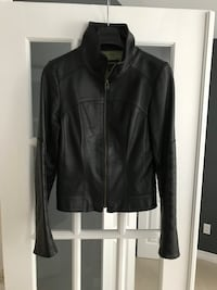 Danier Lamb Leather Jacket, size smal. Reg. 399$ Montréal, H1J