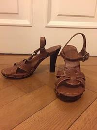 Burberry High Heels Sandals Size 39/ 9 Crofton, 21114