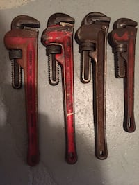 "Set of pipe wrenches 18"" and smaller"