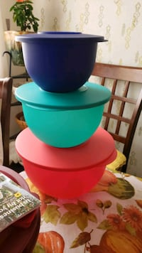 Tupperware Impression Bowls