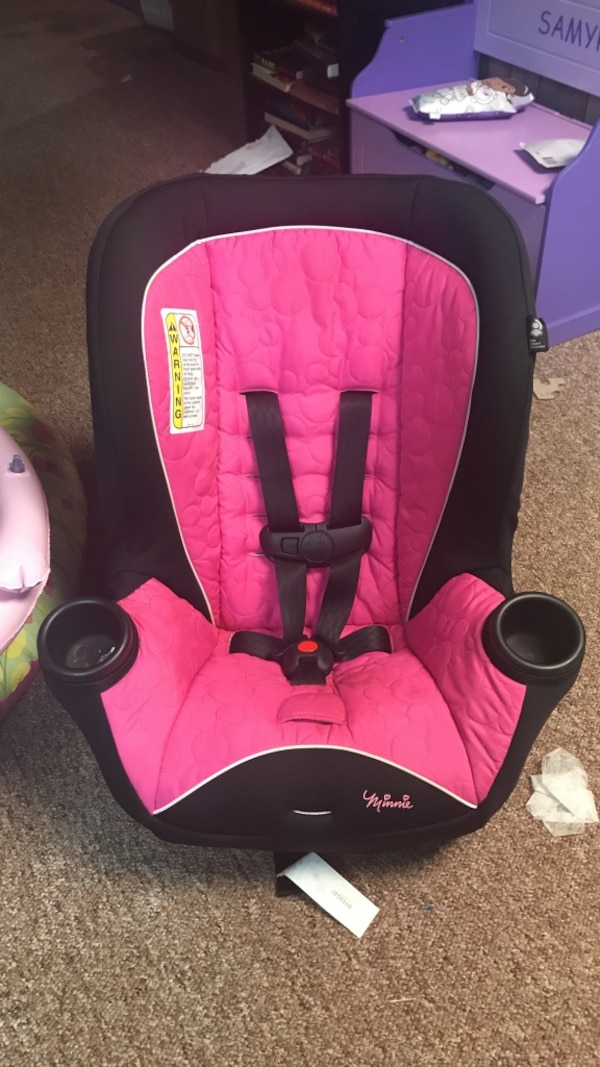 Minnie Mouse Babys Black And Pink Car Seat