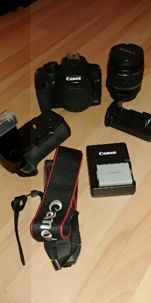 Canon EOS Rebel XS /EOS 1000D 10.1MP Digital SLR C