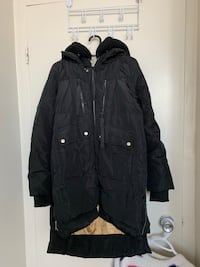 black zip-up jacket Toronto, M4W