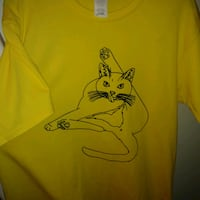 NEW: large Yellow Unisex Funny CAT tshirt  *Size i Edmonton, T6X 1J9