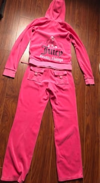 Juicy Couture Kid Size: XL OR good for Adult size : XS Markham