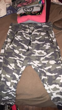 black and white camouflage cargo shorts Halifax, B3M 1S6