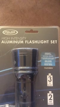 FLASHLIGHT SET NEW pick up only Norcross
