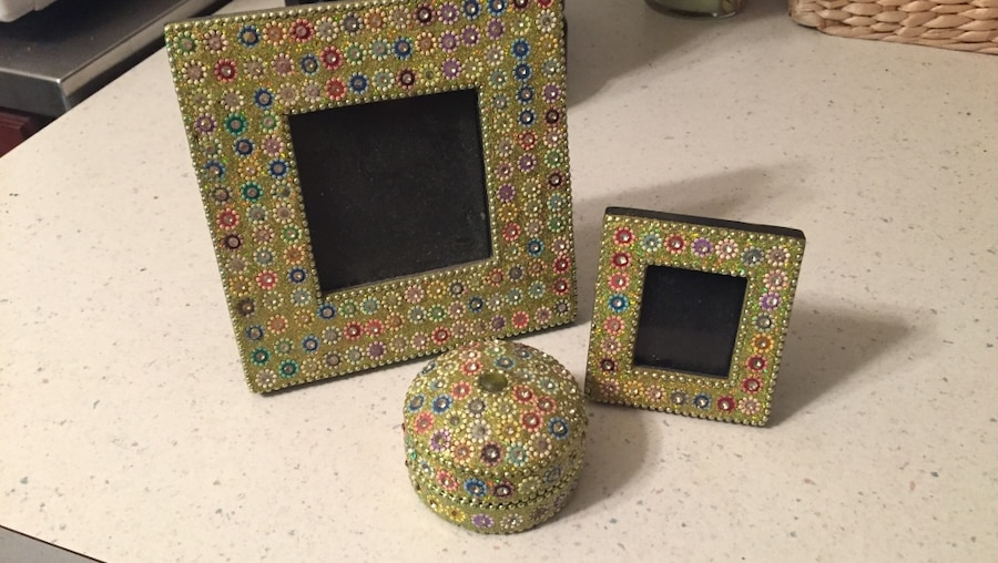 3-piece picture frames & jewelry box