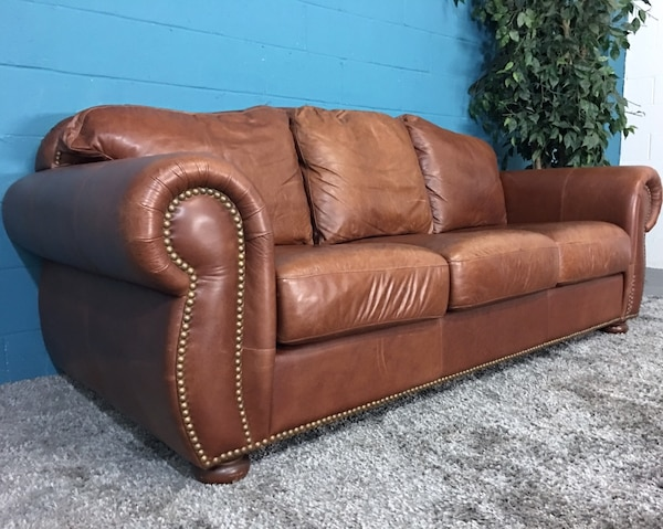 ****Legacy Leather Brown Leather Sofa (Free Delivery)