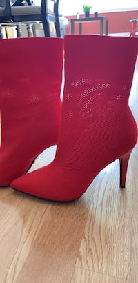 Women's stretch mesh heeled boots size 7 Vancouver, V5Y 1X9