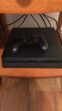 ps4 s with  Controller Martinsburg, 25403