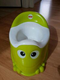yellow and white Fisher-Price potty trainer North Vancouver, V7P 1R3