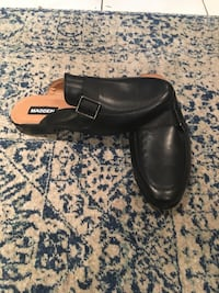 pair of men's black Madden leather clogs New York, 11377