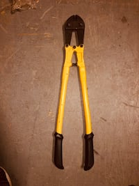 Heavy duty bolt cutters
