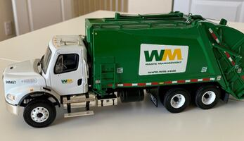 Awesome Scale Model Trash Truck Complete with 2 Toters