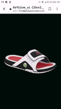 paired red and white Nike low-top sneaker Soledad, 93960