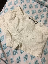 white and gray floral shorts Fort Dodge, 50501