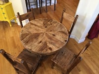 Amazing Hand-Crafted Wooden Kitchen Table and Four Chairs Castle Rock, 80104