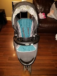 Graco stoller and matching carseat  Silver Spring