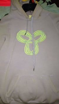 light purple TNA pull-over hoodie Courtice, L1E 0H4