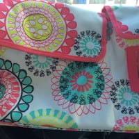 Thirty One market thermal bag and matching car tissue holder hangs off seat for organizing. Jonesborough, 37659