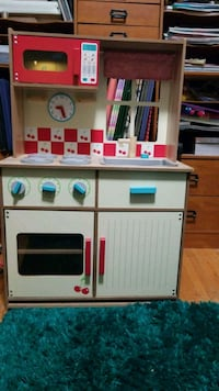 white and brown wooden kitchen playset Kitchener, N2H 3M8