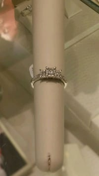 Engagement ring Chesapeake