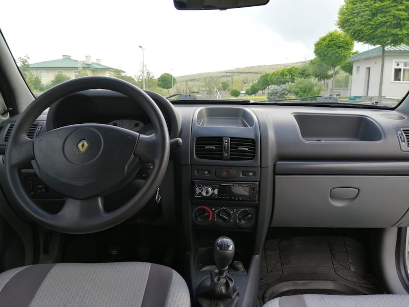 2007 Renault Clio Symbol 1.4 AUTHENTIQUE 1