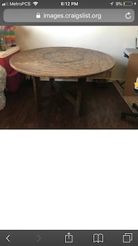 round brown wooden coffee table Los Angeles, 90230