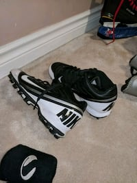 FS: football shoes Richmond Hill, L4C 9H9