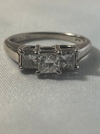 Platinum Three Stone Ring 0.75 cwt Diamonds Edmonton, T6H