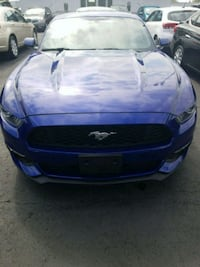 Ford - Mustang - 2015 Vancouver, V6P 5Z9