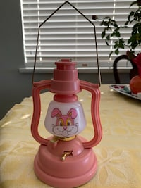 Lamp with  bunny singing.Working condition. Vancouver, V6Z