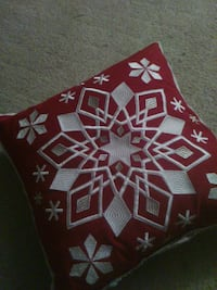HOLIDAY PILLOWS...SET OF THREE... Houston, 77071