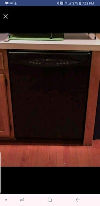 Black maytag dishwasher  Springfield, 22153