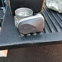 2012 Dodge Charger R/T 5.7 Stock Throttle body  Rockville, 20852