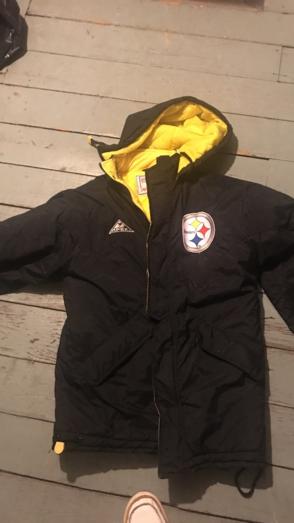 newest collection de7ad 87adb Black Pittsburgh Steelers zip-up hoodie
