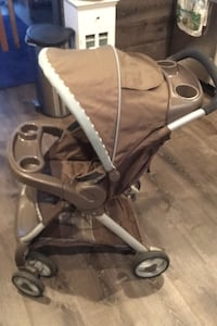 """Graco """"one-hand fold-up"""" stroller"""