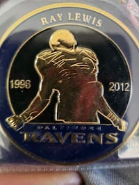 RAY LEWIS HALL OF FAME  GOLD COIN WITH SIGNATURE  Glen Burnie, 21061