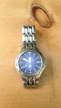 Silver  with blue face watch needs battery otherwise in perfect condition New Windsor, 12553