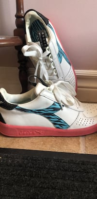 Diadora ladies size 7 shoes