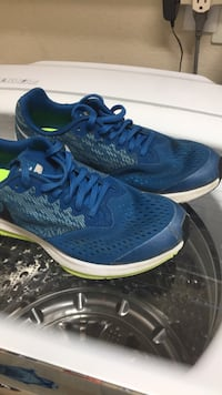 pair of blue Nike running shoes Menifee, 92584