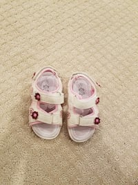 Toddler's pink and white velcro sandals. Size 9 Springfield, 22153