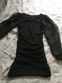 Black mini dress- size petite S Markham, L3T 4Z8