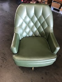 Beautiful  Mid-Century Bouncy Leather Chair Sacramento, 95838