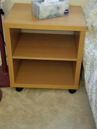 Bed side table... Falls Church, 22042