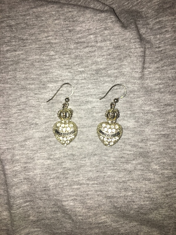 Used Juicy couture earrings for sale in Woodstock - letgo 69d18ad08